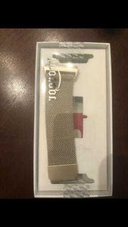 Fitbit Ionic Smartwatch Charcoal Smoke Gray One Size S & L B