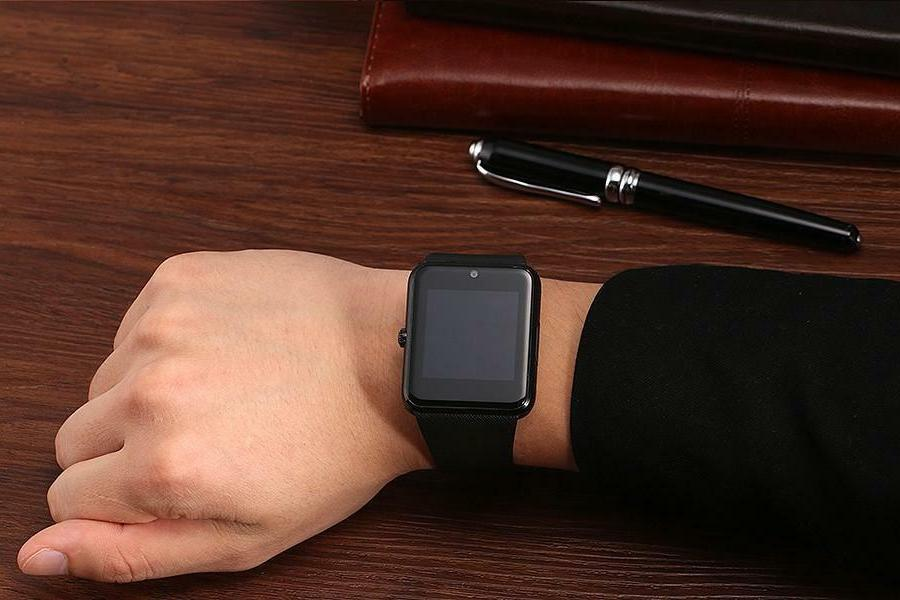 Latest Bluetooth Smart Watch with Mic LG